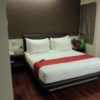 Photo taken at Grand CitiHub Hotel @TUNJUNGAN by Sherly L. on 10/21/2012