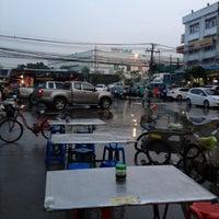 Photo taken at Phraram 2 Civil Engineering by Chawish N. on 10/11/2012