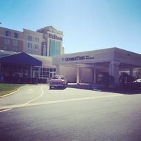 Photo taken at DoubleTree by Hilton Hotel Norfolk Airport by Elmer L. on 3/31/2014