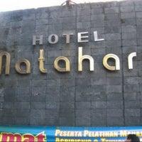 Photo taken at Hotel Matahari by ibam I. on 11/30/2013