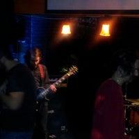 Photo taken at Twisted Shamrock by Long-Island E. on 4/3/2013