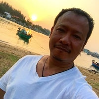 Photo taken at Lawana Escape (Lawana Beach Resort) by Wisit P. on 10/26/2015