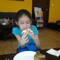 Photo taken at Monkey Business by Thida S. on 11/28/2012