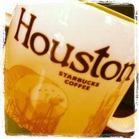 Photo taken at Starbucks by Victoria H. on 10/14/2012