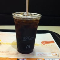 Photo taken at McDonald's by Shinya I. on 9/10/2011