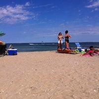Photo taken at The Inkwell, Martha's Vineyard by Tamika J. on 8/11/2011