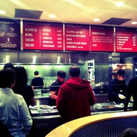 Photo taken at Chipotle Mexican Grill by Navarro P. on 11/14/2011