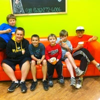 Photo taken at Orange Leaf Frozen Yogurt by Jackie O. on 10/31/2011