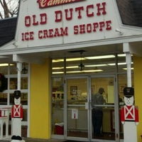 Photo taken at Cammie's Old Dutch Ice Cream Shoppe by G-Rogan on 12/23/2011