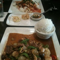 Photo taken at Tup Tim Thai by Vanessa L. on 3/27/2012