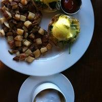 Photo taken at Dine Restaurant by Twisha S. on 8/11/2012