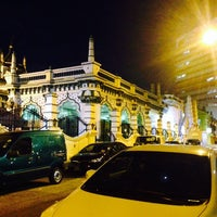 Photo taken at Abdul Gaffoor Mosque by Amna A. on 5/29/2015
