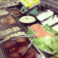 Photo taken at Michael's Deli by Isaac G. on 2/5/2013