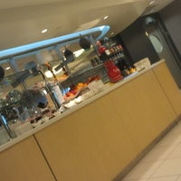 Photo taken at Lufthansa Business Lounge by しほ👓 . on 12/2/2012