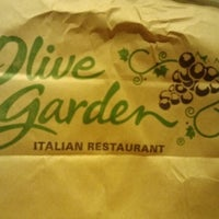 Photo taken at Olive Garden by Hiilani A. on 10/25/2012