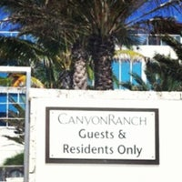 Photo taken at Canyon Ranch Hotel & Spa in Miami Beach by Esteicy on 10/21/2012