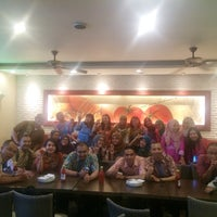 Photo taken at Pizza Hut by Shinta A. on 3/11/2016