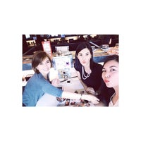Photo taken at Sakae Sushi by ƧυᎶar® on 8/23/2014