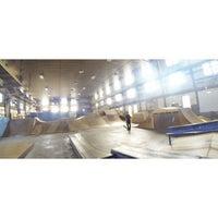 Photo taken at Four Seasons Skate Park by Ku M. on 8/31/2014