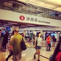 Photo taken at MTR Sha Tin Station by Oscar de la Hoy on 9/2/2013