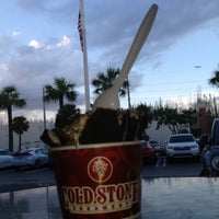 Photo taken at Cold Stone Creamery by Andre S. on 10/16/2012