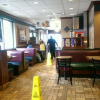 Photo taken at McDonald's by Joey R. on 10/2/2016