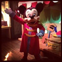 Photo taken at Mickey's House and Meet Mickey by Heather W. on 12/7/2012