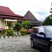 Photo taken at Universitas Tidar by Gunawan A. on 3/15/2013