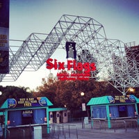 Photo taken at Six Flags Magic Mountain by Mu3ath A. on 11/25/2012