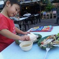 Photo taken at Raizann seafood putra perdana by Mizz Irma on 10/8/2012