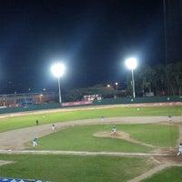 Foto tomada en Estadio Chochi Sosa por Astrid R. el 10/29/2012