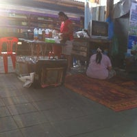Photo taken at สถานีรถไฟสุราษฎร์ธานี (Surat Thani) SRT4239 by Dan P. on 1/29/2013