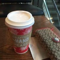Photo taken at Starbucks by Kanyanee W. on 11/22/2016
