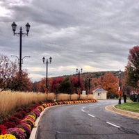 Photo taken at The Shoppes at Farmington Valley by Mike V. on 10/18/2013