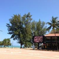 Photo taken at Pantai Teluk Cempedak (Beach) by Anis Salwati H. on 3/20/2013