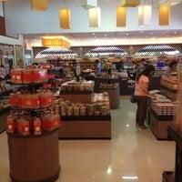 Photo taken at ร้านคุณแม่จู้ by PPat69 …. on 10/11/2012