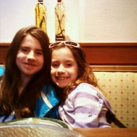 Photo taken at Olive Garden by Christy R. on 11/12/2011