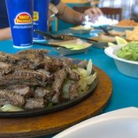 Photo taken at Taco Palenque by Rogelio D. on 9/10/2016