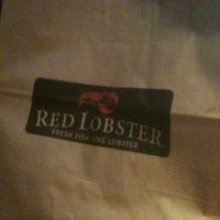 Photo taken at Red Lobster by Bonnie B. on 11/29/2012