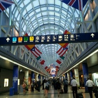 Photo taken at Chicago O'Hare International Airport (ORD) by Бобо on 8/2/2013