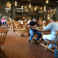 Photo taken at Cracker Barrel Old Country Store by Eddie on 4/4/2015