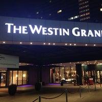 Das Foto wurde bei The Westin Grand München von Kimano am 5/1/2013 aufgenommen