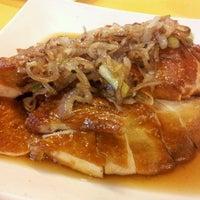 Photo taken at 旺发海鲜村 Riverview Seafood Village by Kathy A. on 10/18/2012