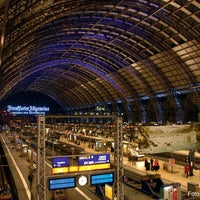 Photo taken at Frankfurt (Main) Hauptbahnhof by Deutsche Bahn on 11/29/2012
