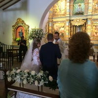 Photo taken at Iglesia La Niña María by Andrea N. on 9/21/2016