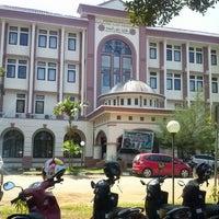 Photo taken at UIN Alauddin Makassar by Ichal L. on 6/21/2013