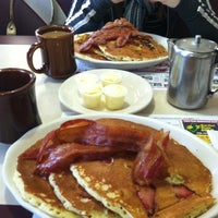 Photo taken at Peterpank Diner and Restaurant by Erika G. on 1/19/2013