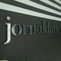 Photo taken at Jornal da Manhã - JMNews by Bhya Z. on 2/20/2013