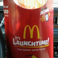 Photo taken at McDonald's by Auintard H. on 5/19/2016