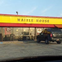 Photo taken at Waffle House by Perry D. on 3/15/2013